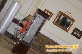 Переезд квартиры упаковка мебели в плёнку